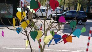 Gottesdienst vom 11. April Gebetsbaum